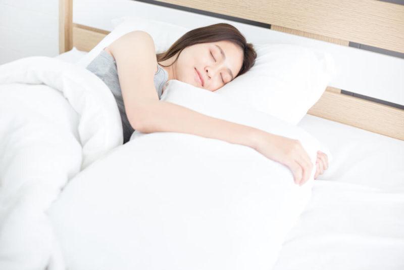寝ている間に育乳 ナイトブラ